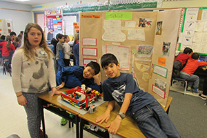 Lego Challenge captures students' curiosity