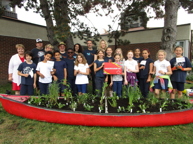 """Thornhill School marks Canada's 150 with a """"BEE-utiful"""" celebration!"""