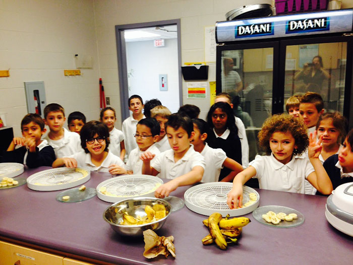 Blessed Trinity students cook-up healthy snacks