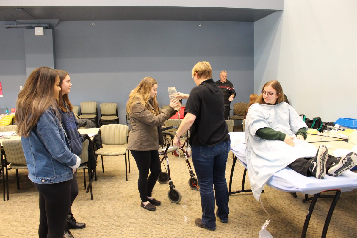 Health and Wellness SHSM students learn from experts at Southlake Regional Health Centre